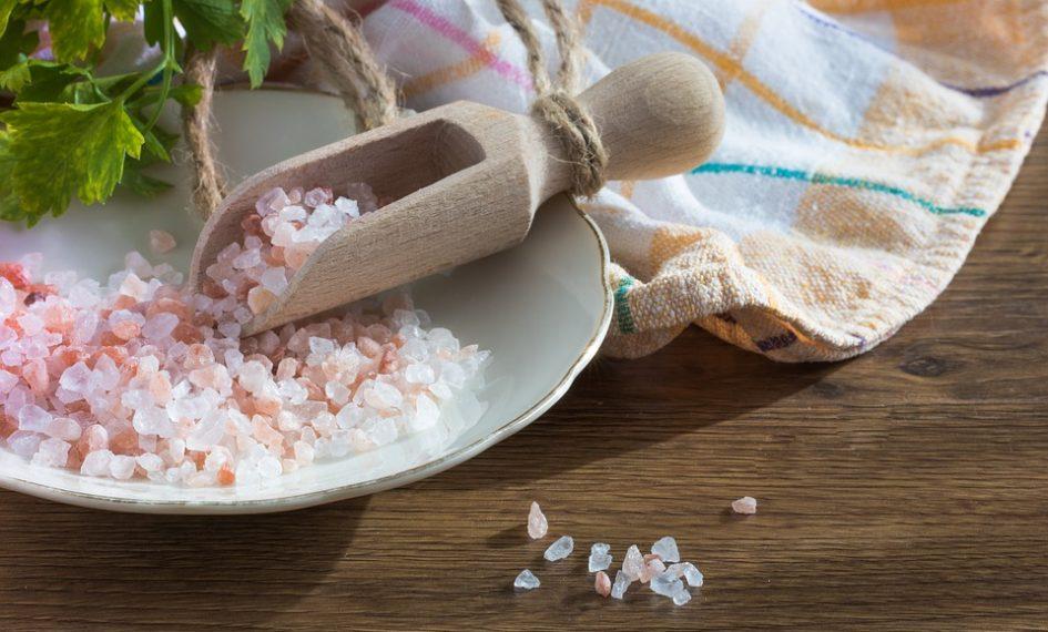 rituales con sal para el dinero